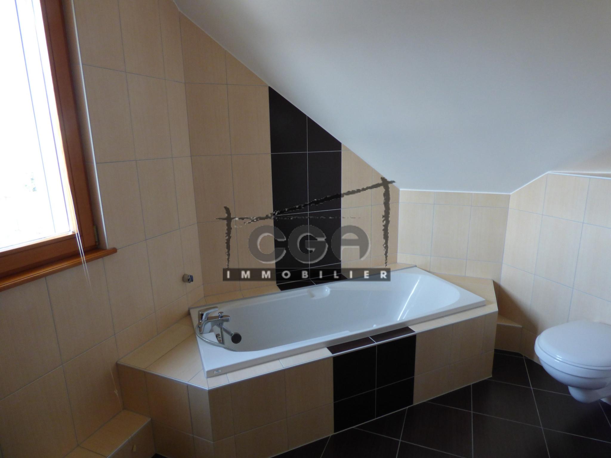 salle de bains equipee